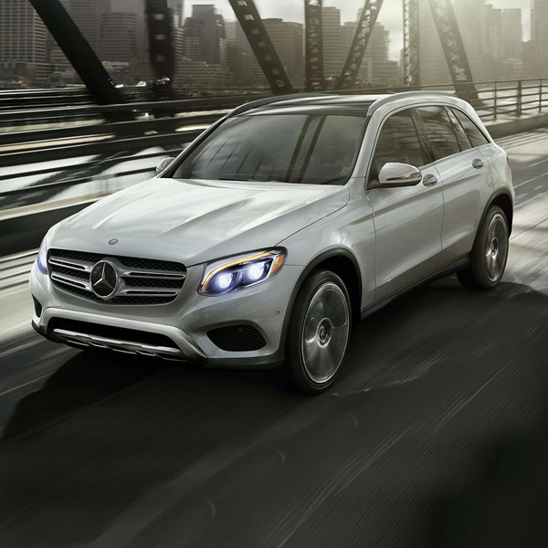 2019 Mercedes-Benz GLC-300